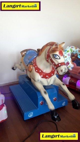 Jetonlu Oyuncak At